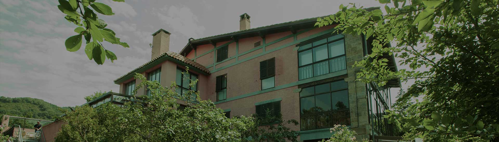 titulo-pagina-hotel-jardin-oscura